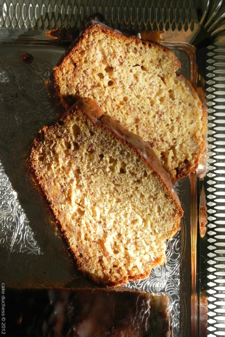 overhead image of caramelized banana bread with brown butter glaze