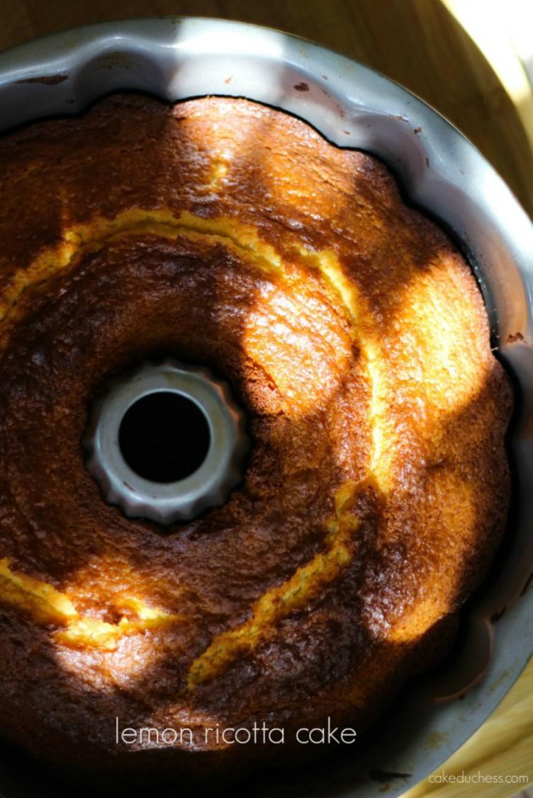 overhead image of cake baked in bundt pan