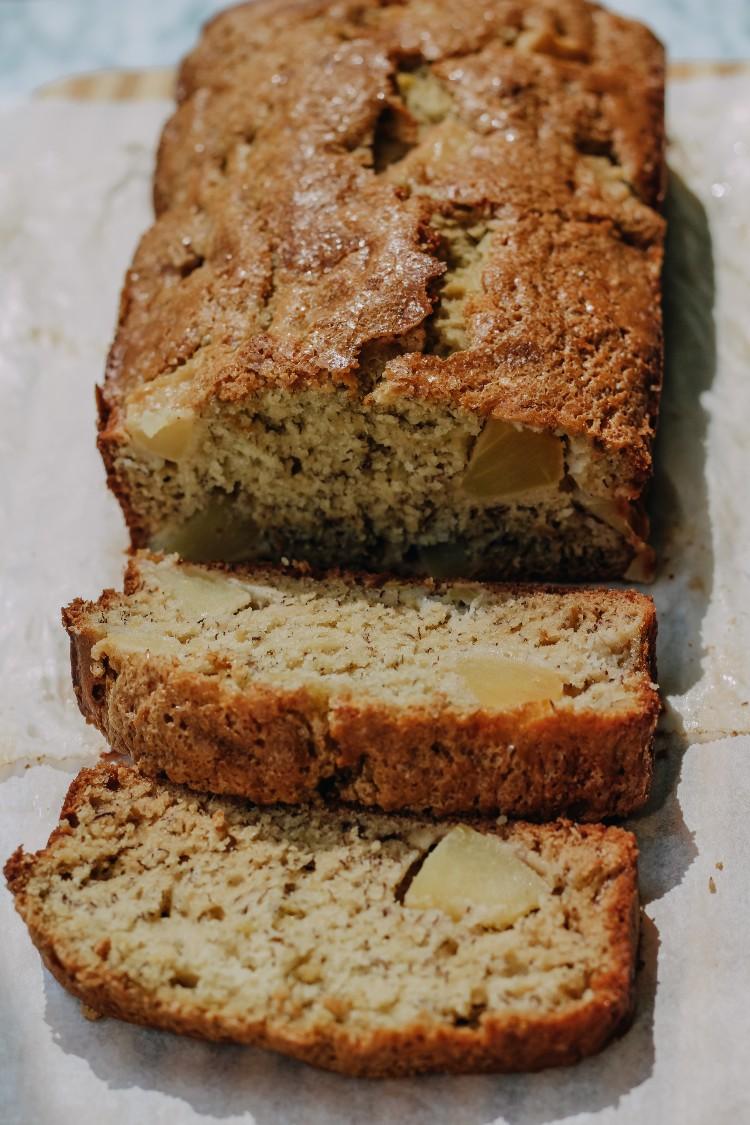 overhead image of sliced apple banana bread