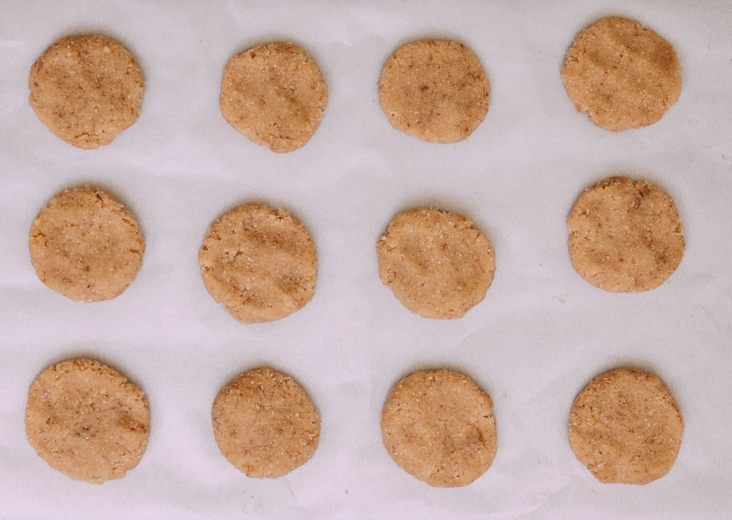 overhead image of cookies on a baking sheet