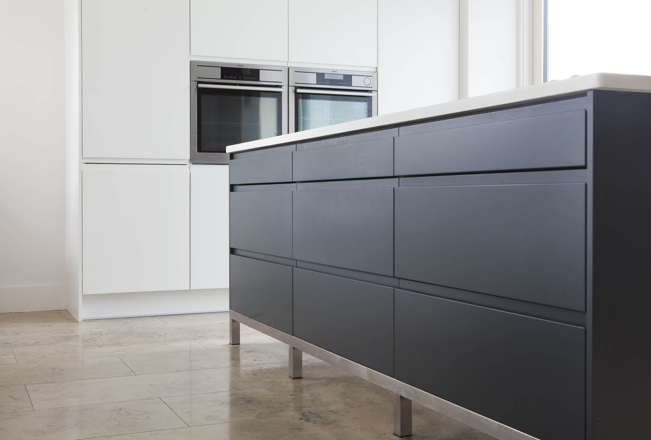 Contemporary Kitchen Design Layout