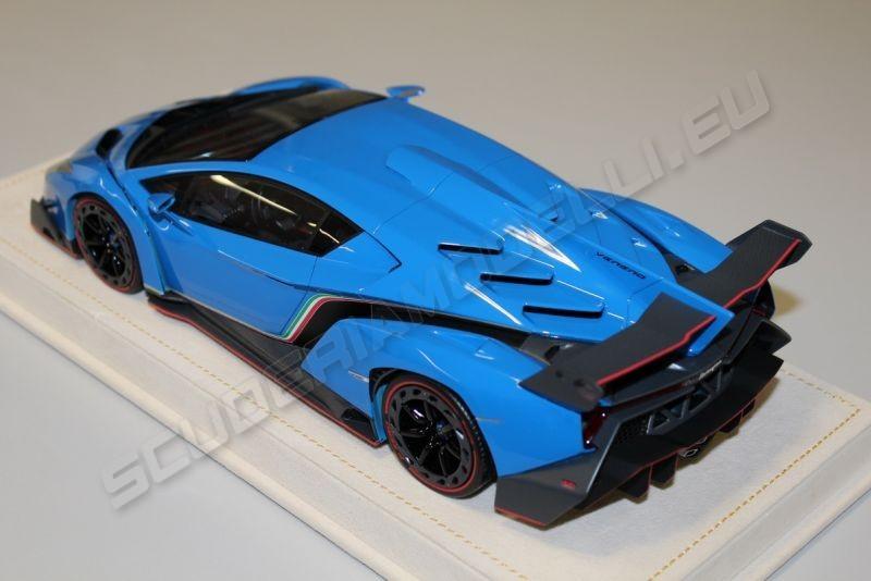 Black Lamborghini Aventador 2013