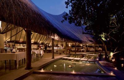 Coco Palm Dhuni Kolhu, Baa Atoll, Maldives - Exclusive ...