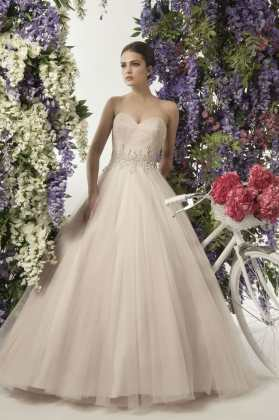 Beautiful Blush Princess Dress   Sell My Wedding Dress Online   Sell     Beautiful Blush Princess Dress