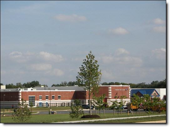 Va Riding Freedom High Logo School South