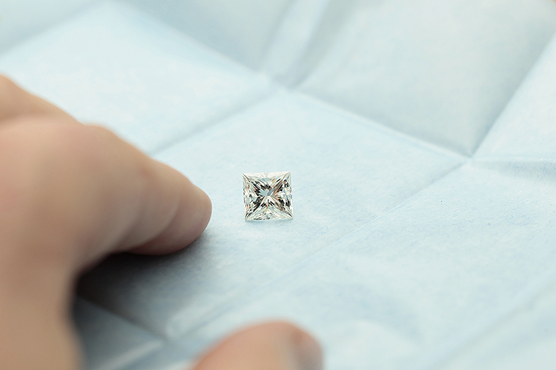 Price Amp Size Differences 2 Carat Amp 3 Carat Diamonds