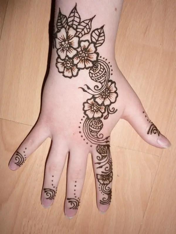 20 Trendy Mehndi Patterns Pictures for Women – SheIdeas