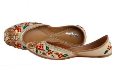 11633ed0bc Latest Punjabi Juti Design Punjabi Jutti For Ladies Punjabi Jutti ...