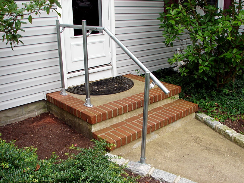 13 Outdoor Stair Railing Ideas That You Can Build Yourself | Railings For Outside Steps | Inexpensive Exterior Hand | Hand | Custom | Vinyl | 5 Step
