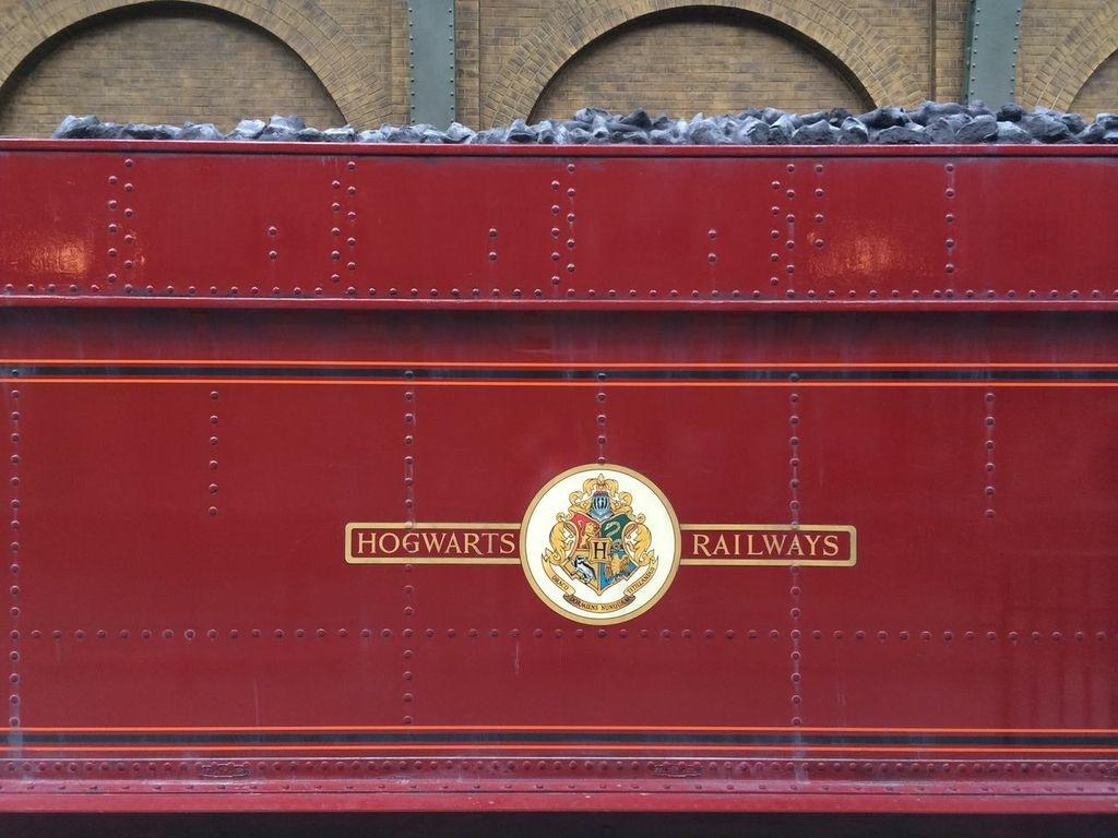 Hogwarts Express Ride at Wizarding World: Everything You ...