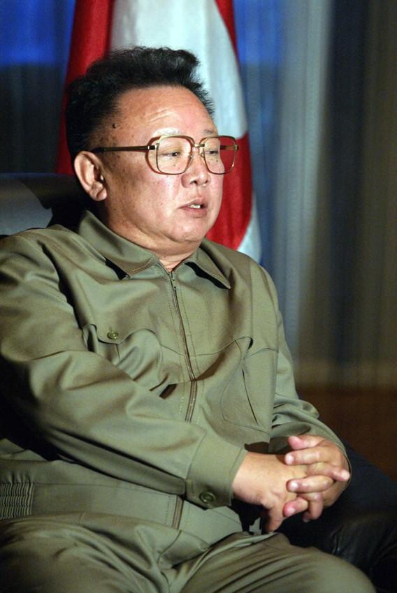 Kim Jong-il's successor: Who decides on Kim Jong-un's ...