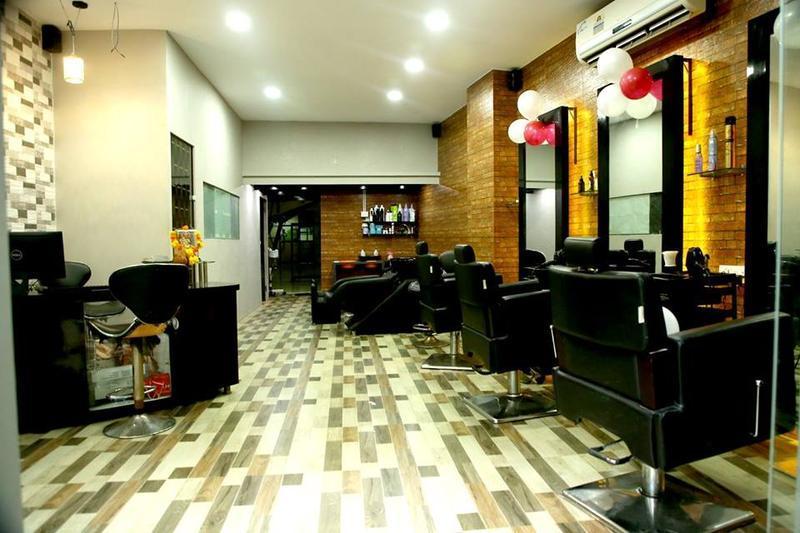 Beauty Salon And Bar Spa