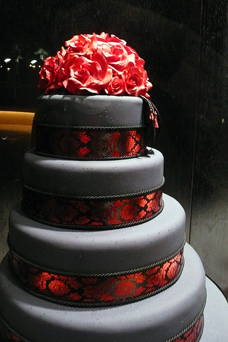 Beautiful Black And Red Wedding Cake Gallery   Wedding Dresses     9 Black And Red Wedding Cakes Photo   Red and Black Wedding Cake