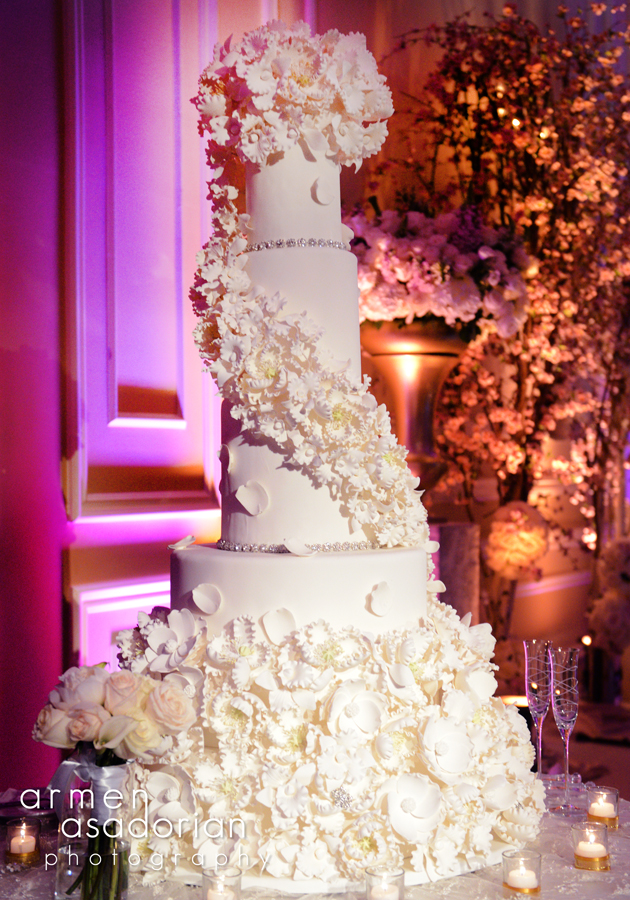 9 Tall Bling Wedding Cakes Flowers Photo   Tall Bling Wedding Cake     Tall Wedding Cake