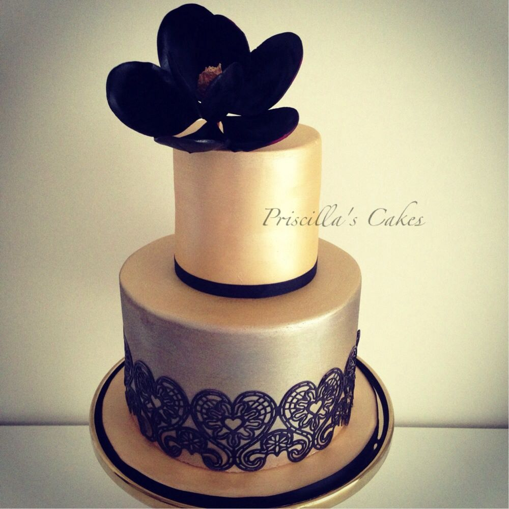 9 Black And Gold Present Cakes Photo   Black and Gold Wedding Cake     Black and Gold Wedding Cake Ideas