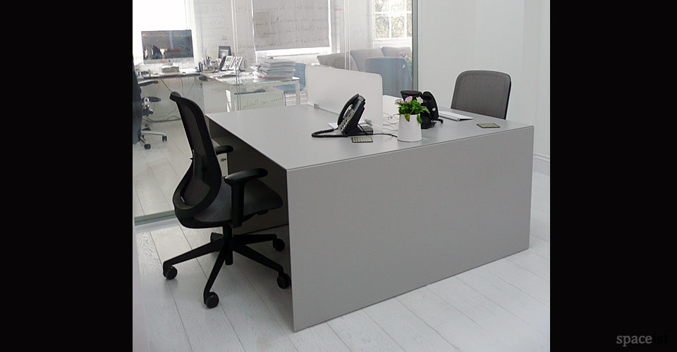 Forty5 Desk For 2 People Spaceist