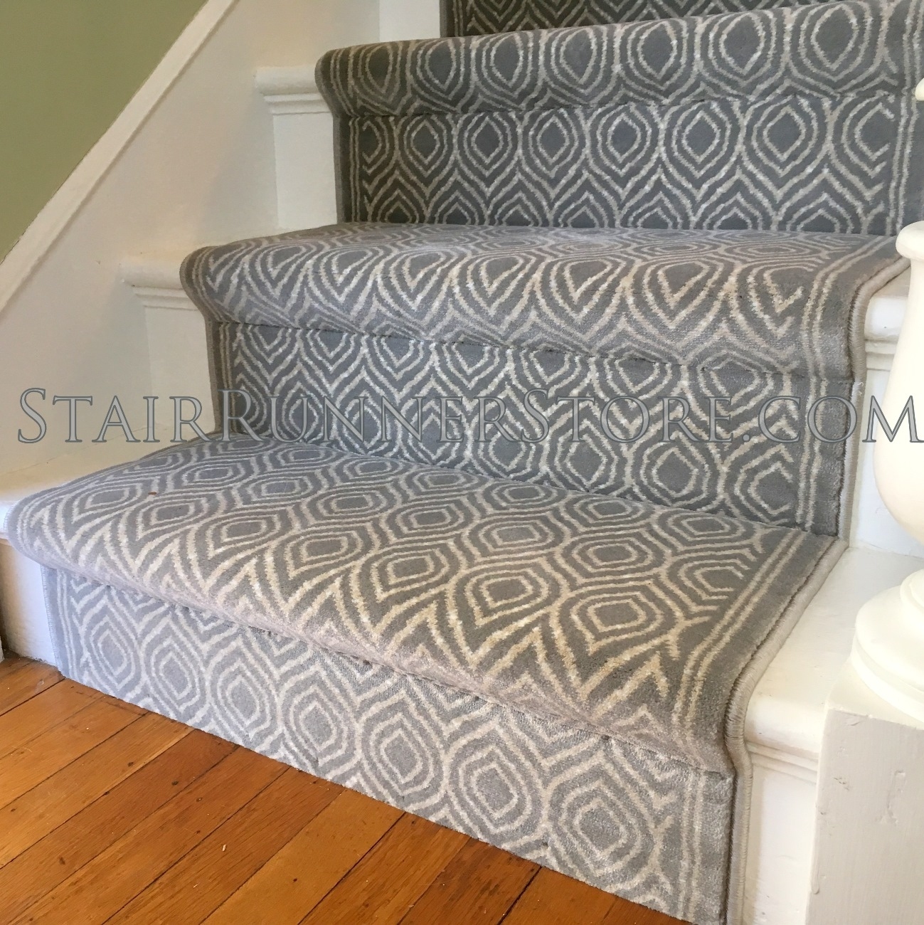 Www Stairrunnershop Com Carpet Runner Connecticut Custom Runner | Leopard Carpet On Stairs | Diamond Pattern | Fawn | Stark | Carpeted | Striped