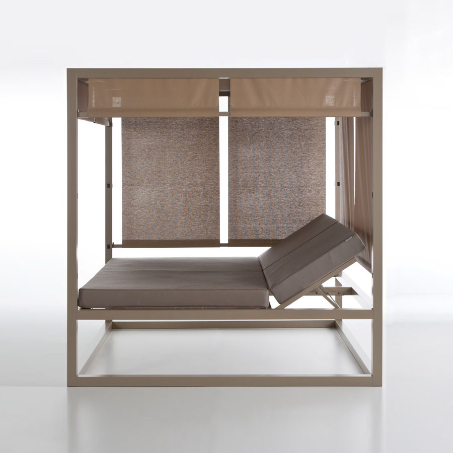 Daybed Elevada Reclinable By Gandia Blasco Stardust