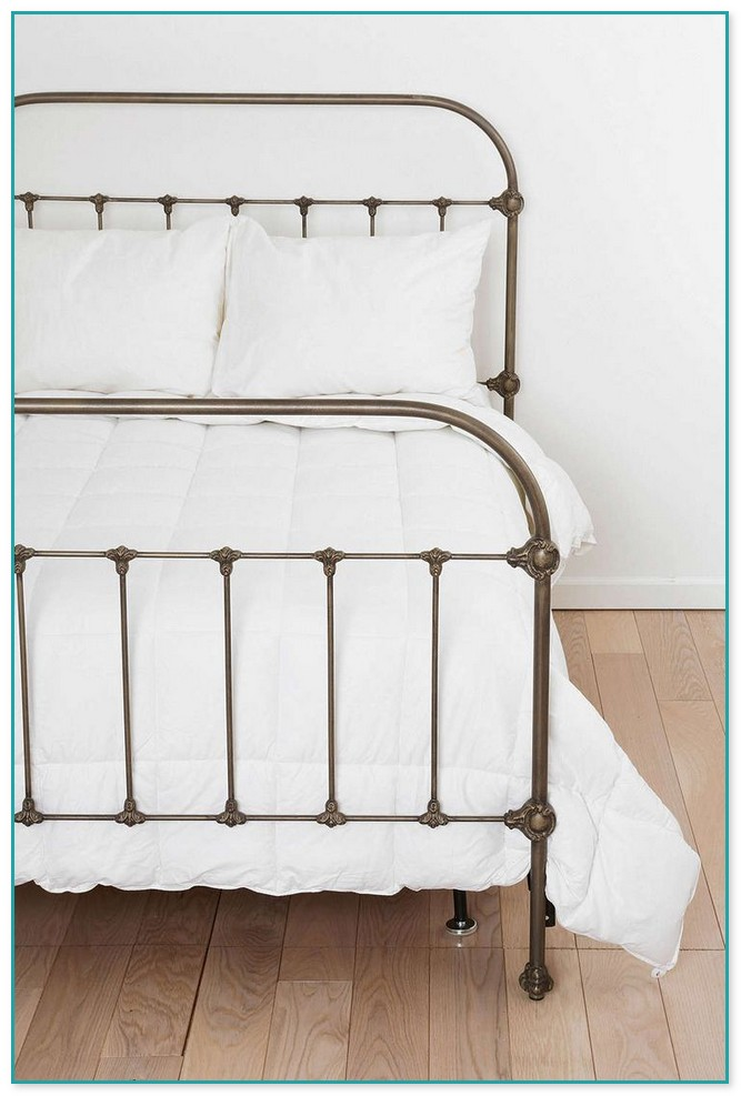 Antique White Wrought Iron Beds