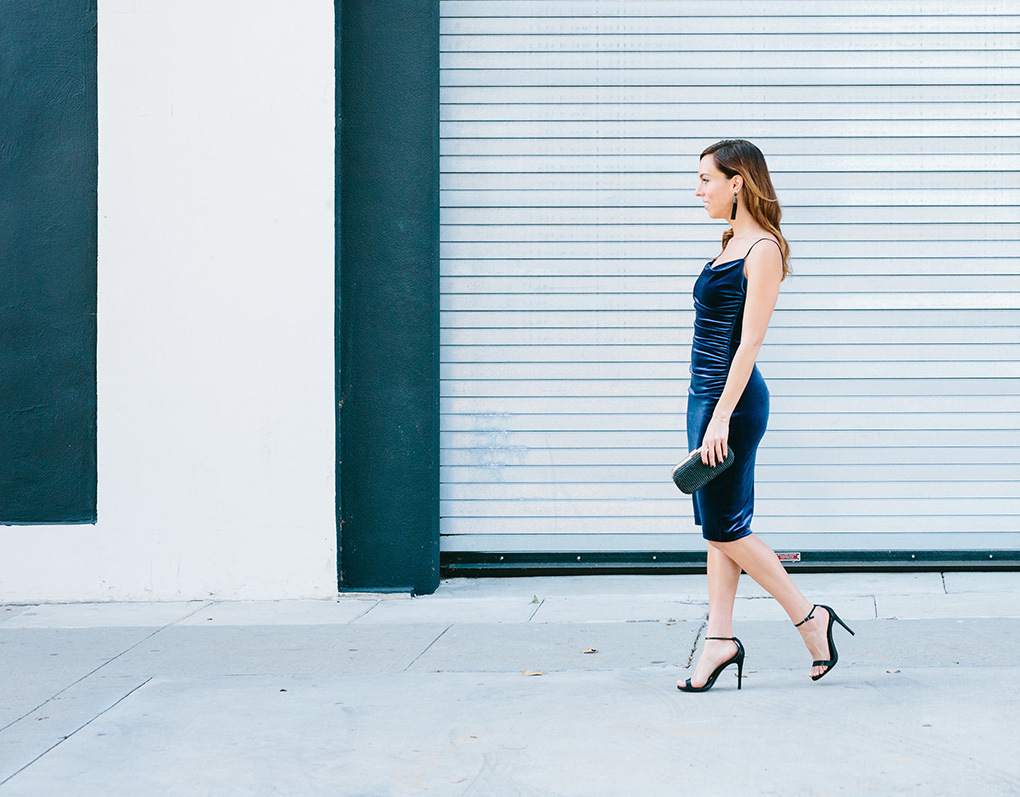 Essie Gel Couture Caviar Bar