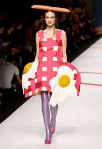 nyfw   A meme based guide to New York Fashion Week Pan Fried Eggs