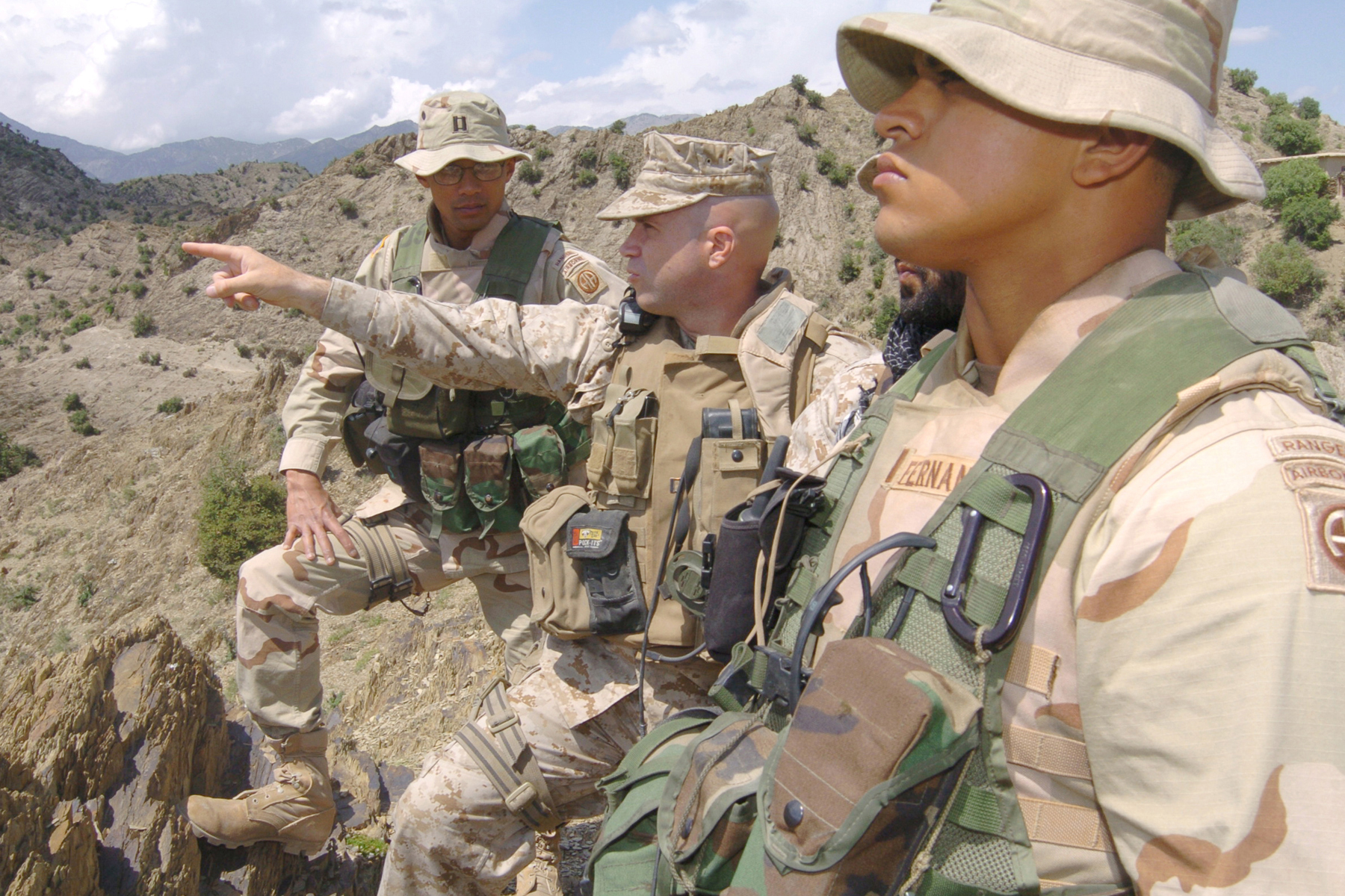 325 Infantry Airborne Regiment