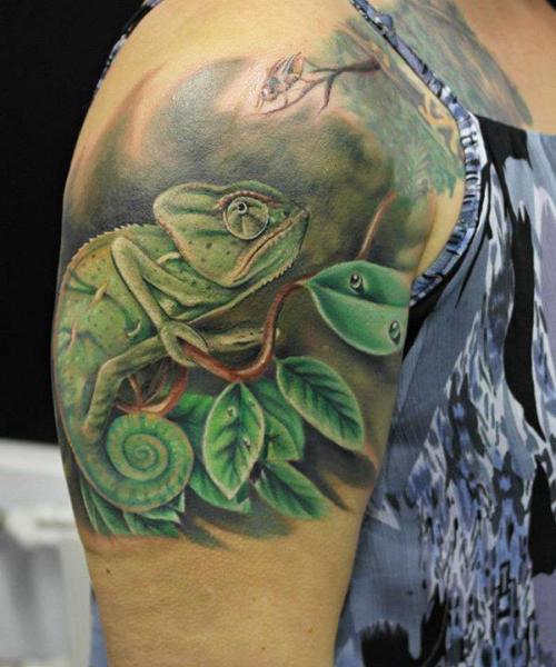 Wolf Tattoo Designs On Back