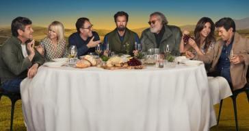 Ascolta la playlist di Dinner Club, la nuova serie Amazon Original