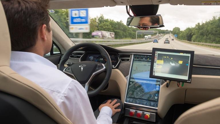 Otonom Araçlar Yıl Sonunda Almanya Yollarında Techinside