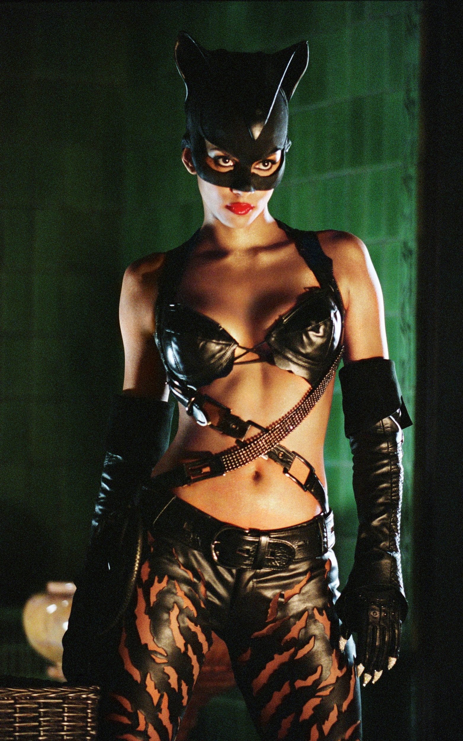 Halle Berry in Catwoman (2004) Unexpectedly, Halle Berry's ...