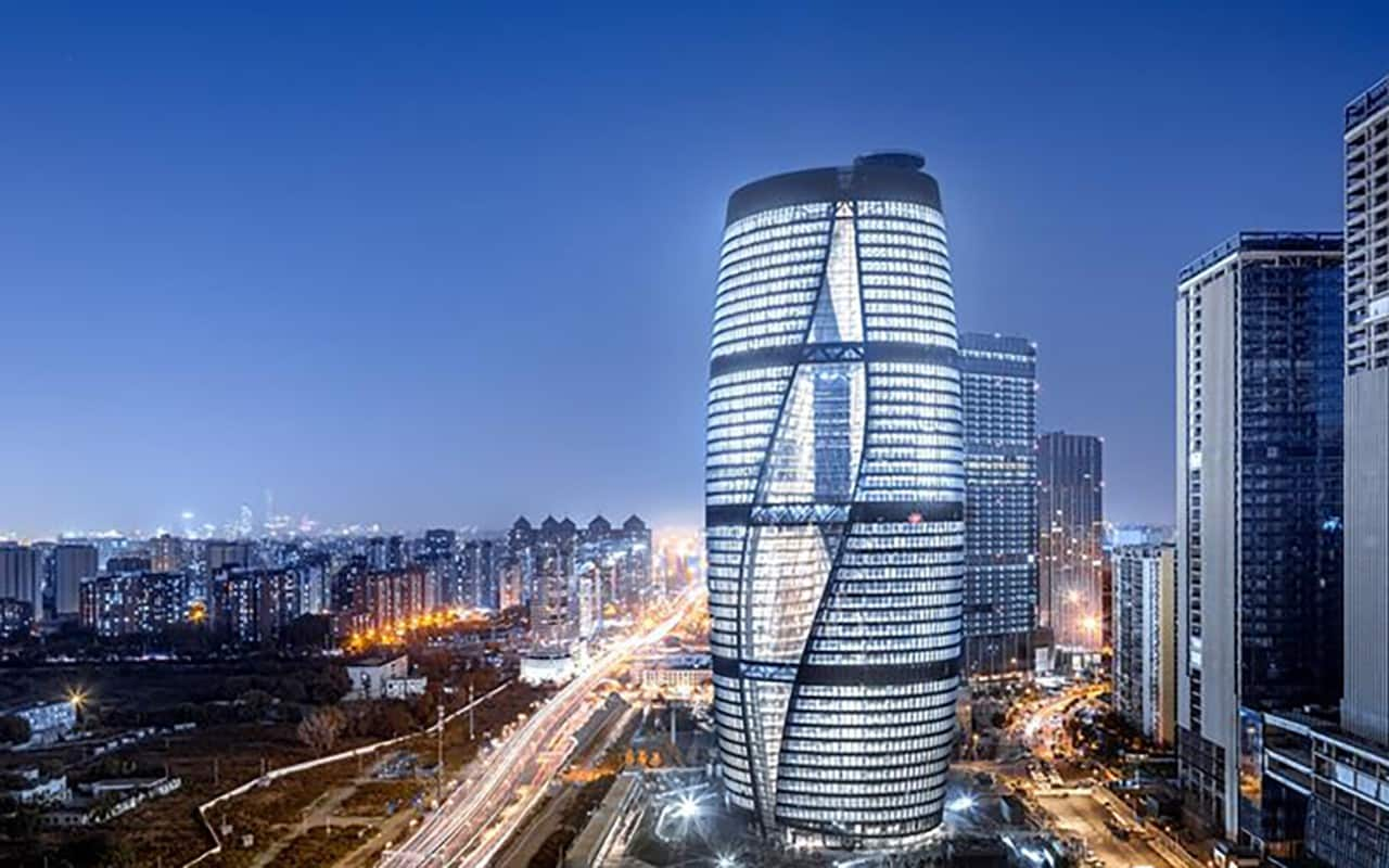 Zaha Hadid S Leeza Soho Tower Lights Up Beijing