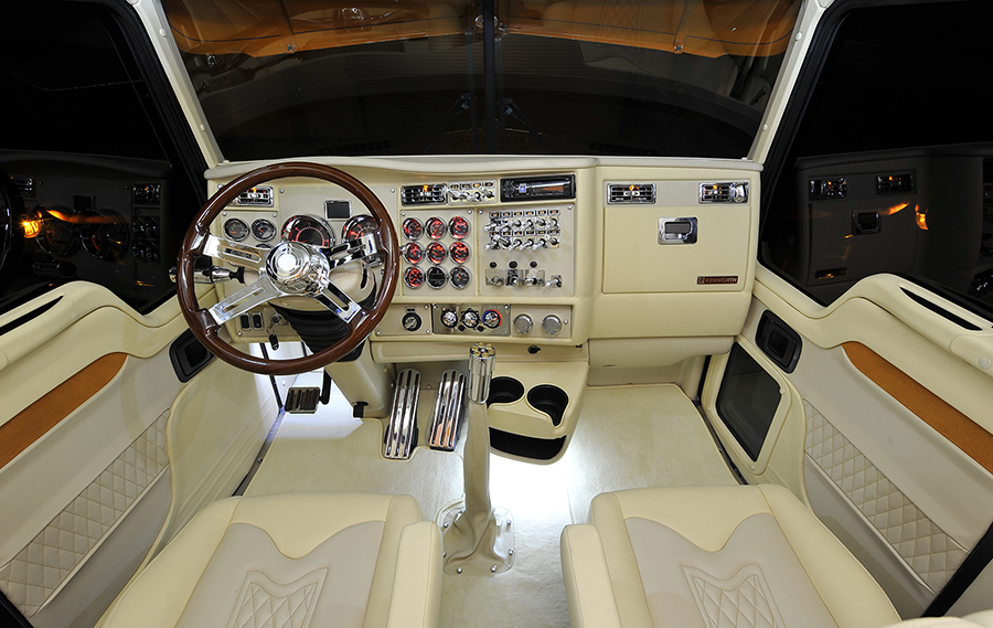 Kenworth W900 Interior