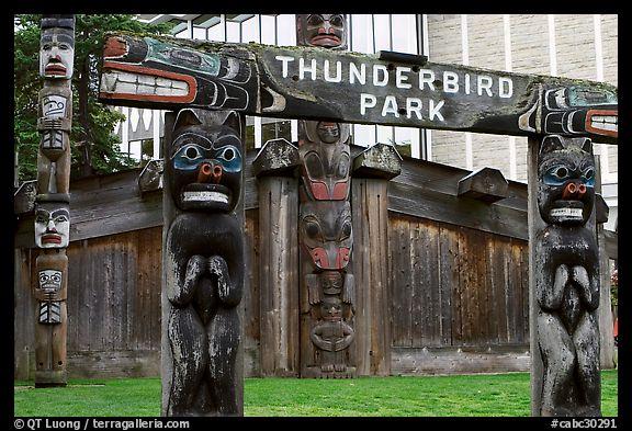 Picture Photo Thunderbird Park Victoria British