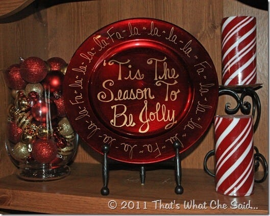 Hand_Drawn_Christmas_Charger_Decor_at_thatswhatchesaid.net_