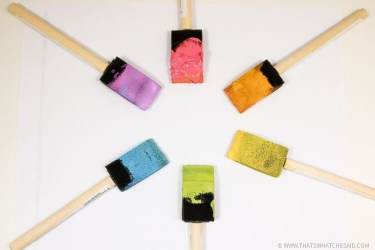 How to Clean a Paint Brush - The Easiest way ever!