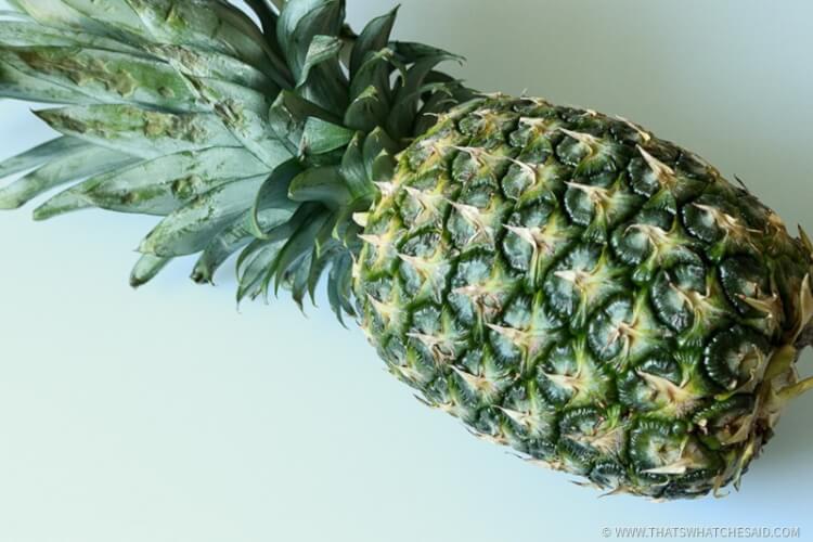 How to choose a ripe Pineapple for fresh frozen pineapple yogurt