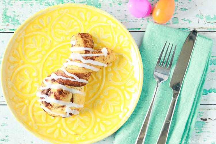 Cinnabunnies - Easter Bunny Cinnamon Rolls! Easy Easter Breakfast Idea!