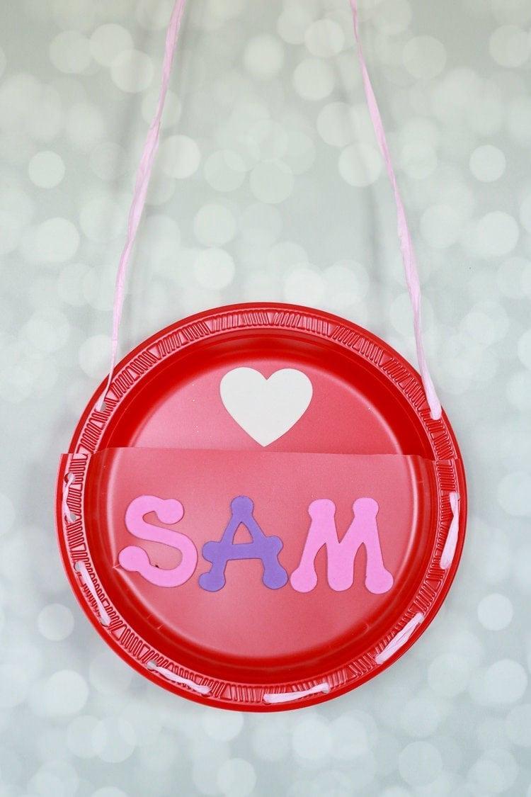 Make a Valentine Card Holder