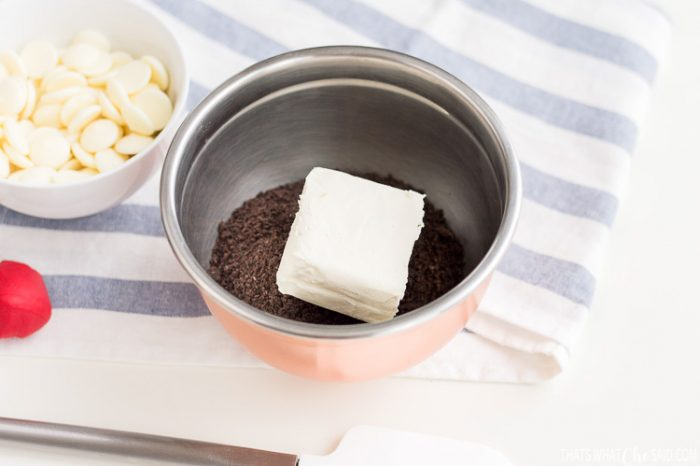 Mixing Bowl with oreo crumbs and cream cheese