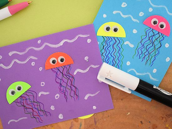 Construction Paper Jelly Fish with googly eyes