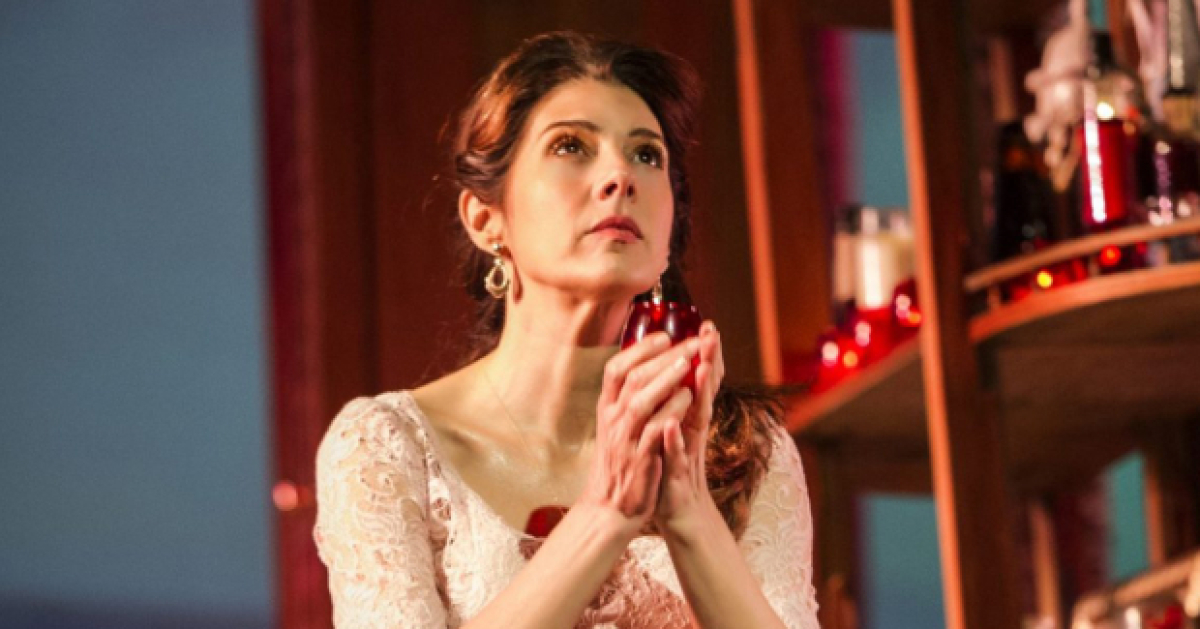 Marisa Tomei To Star In Broadway Revival Of The Rose