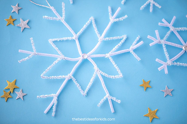 Pipe Cleaner Snowflakes Craft