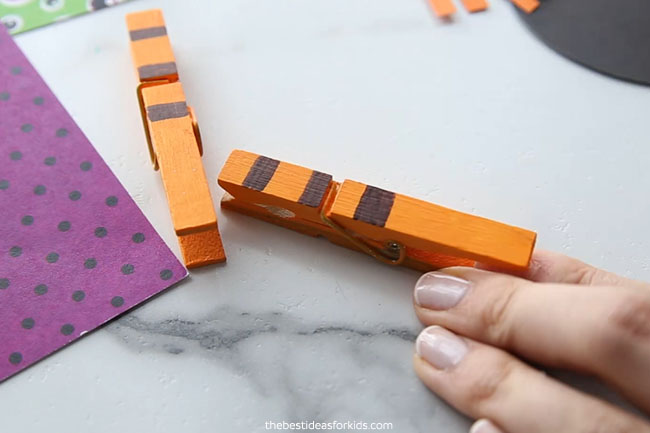 Paint Clothespins for Witch Legs