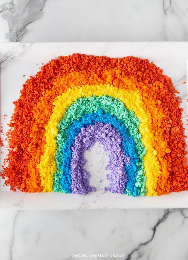 Rainbow Baking Soda and Vinegar Experiment