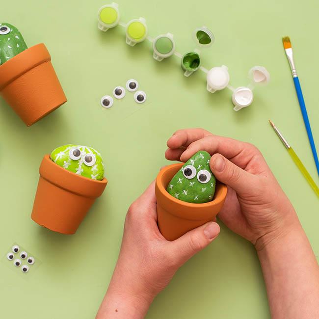Add Rock into Pot
