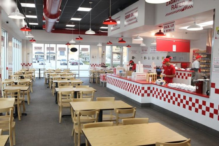 Fast Food Restaurants 43082
