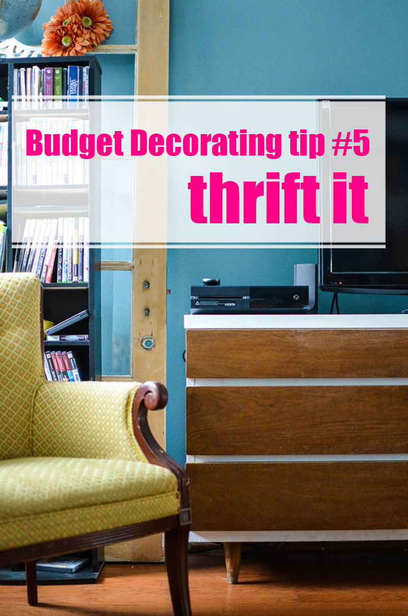 How to Decorate on a Tight Budget     Budget Decorating like Do you want to create a beautiful home but money is tight  Here are 10
