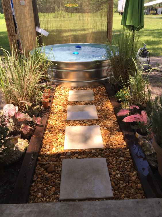 Stay Cool With A Diy Stock Tank Pool The Budget Decorator
