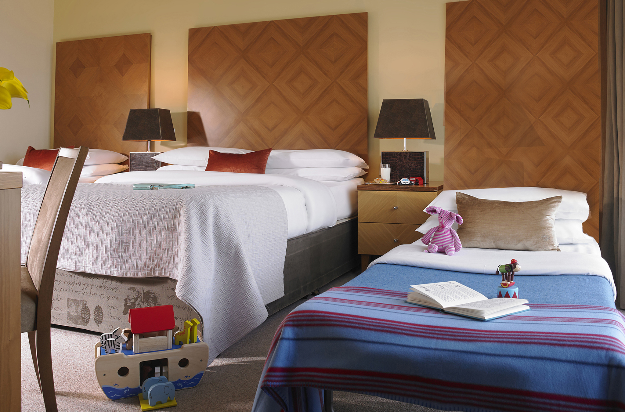 Family Rooms Galway Family Friendly Hotel In Ireland