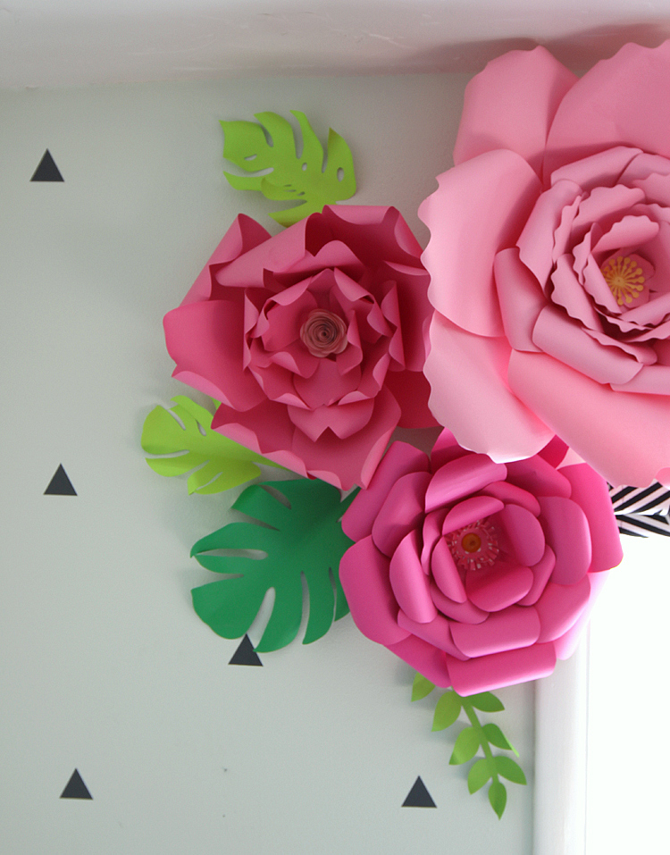 How to Make Paper Flowers   thecraftpatchblog com How to Make Paper Flowers